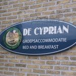 Ovaal-emaille-bord-Cyprian